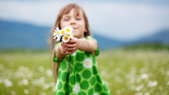 30 Random Acts of Kindness for Kids | Mindful Little Minds